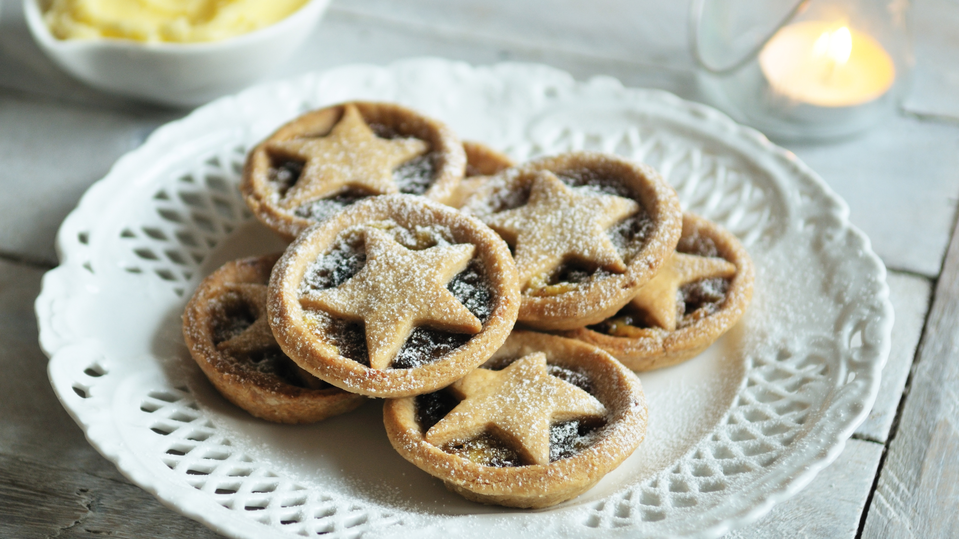 Christmas mince pies recipe - BBC Food