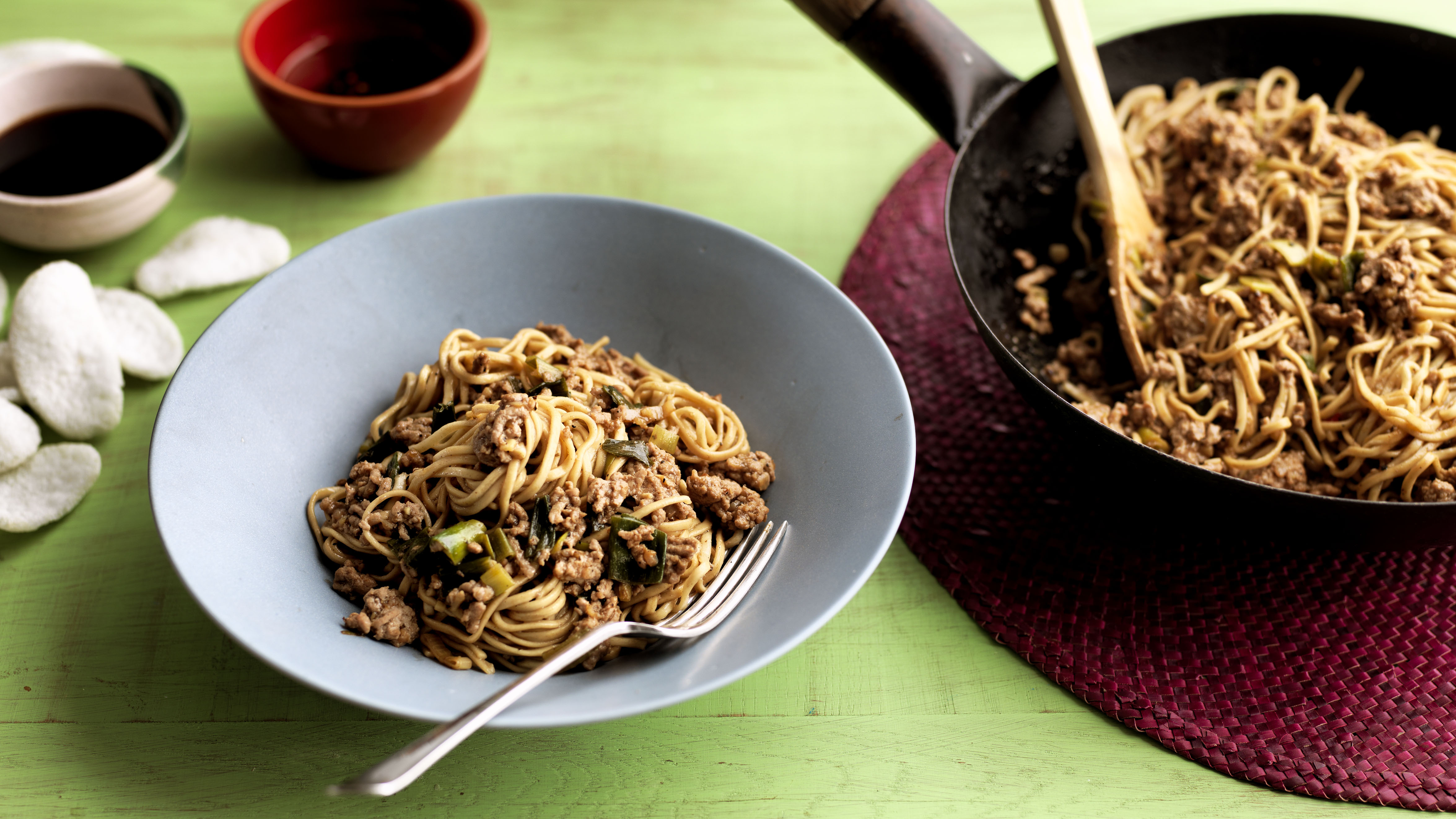 Bbc chinese food made easy chicken chow mein chicken chow mein quick chicken noodles recipe bbc good food forumfinder Gallery