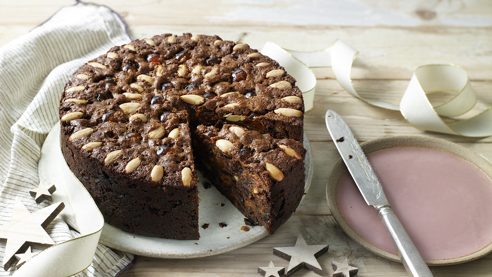 Mary Berrys Classic Fruit Cake Recipe