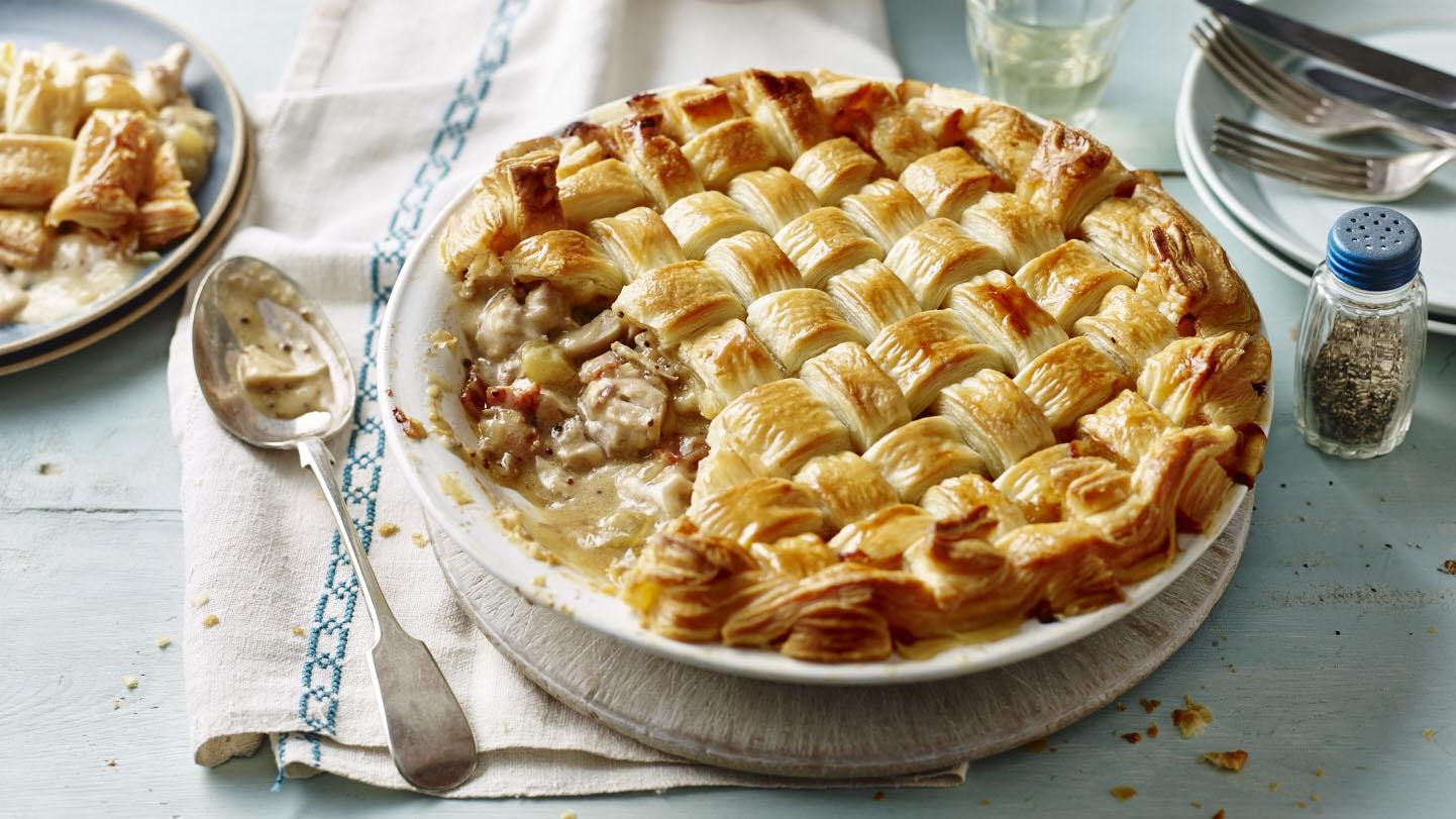 Chicken and bacon lattice pie recipe bbc food forumfinder Images