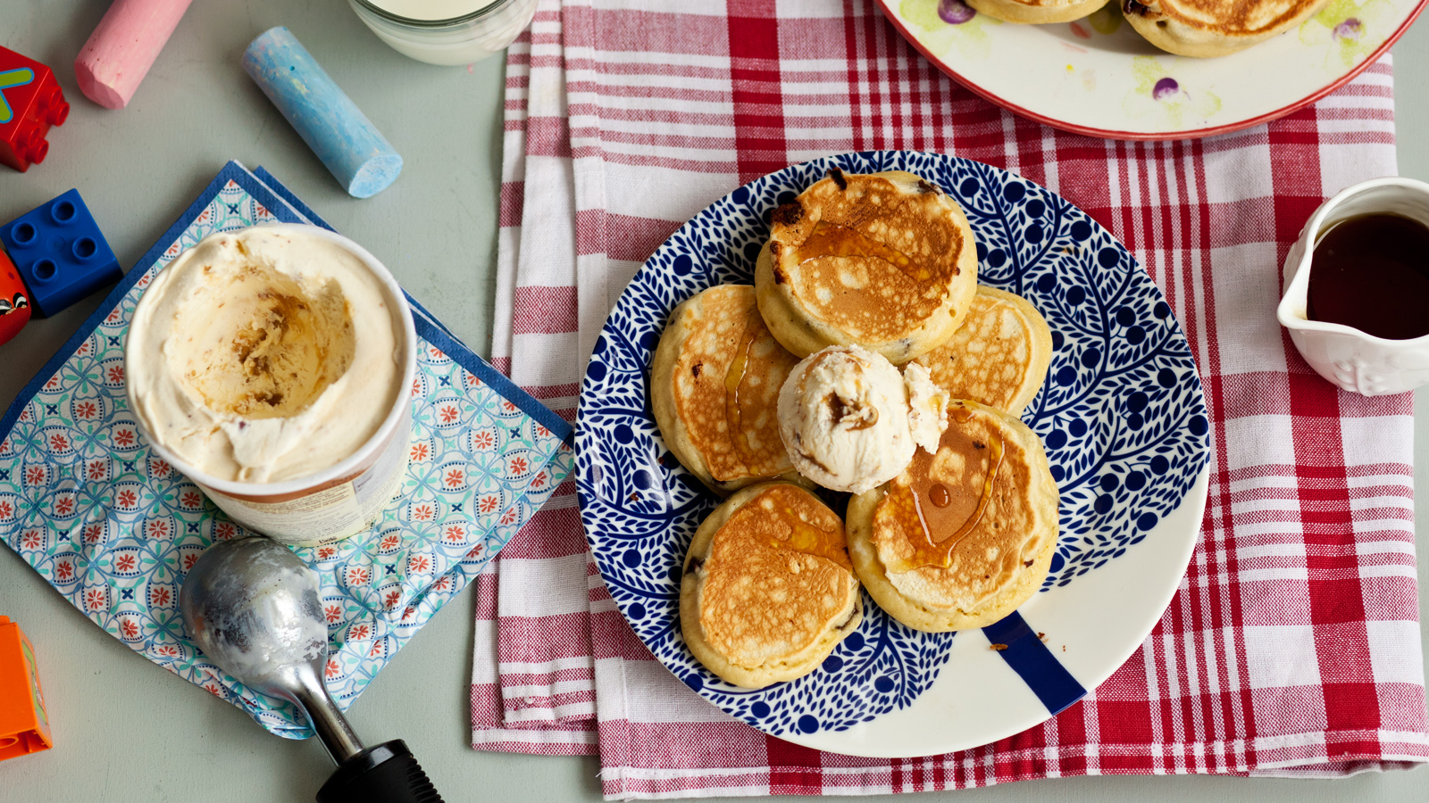 Chocolate chip fluffy pancakes recipe bbc food forumfinder Choice Image