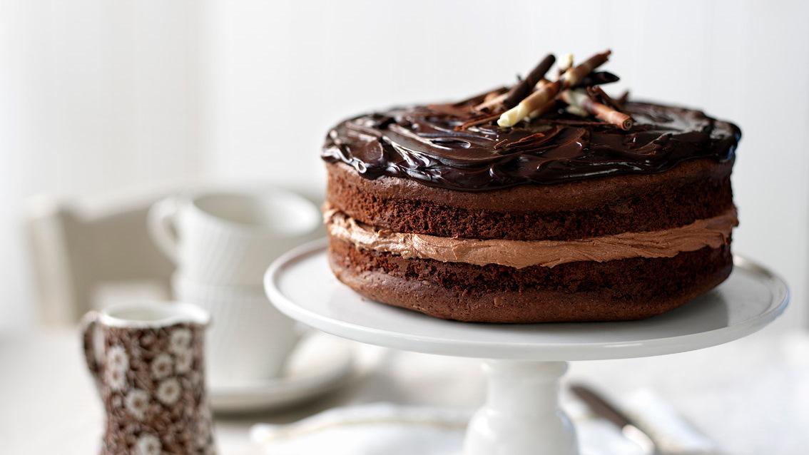 Chocolate fudge cake recipe bbc food forumfinder Images