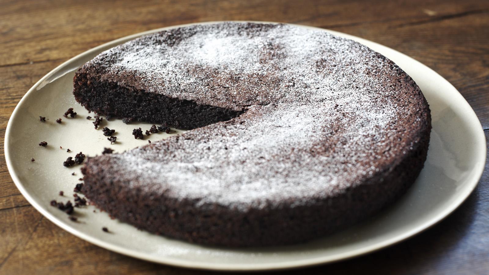 Chocolate olive oil cake recipe bbc food forumfinder Choice Image