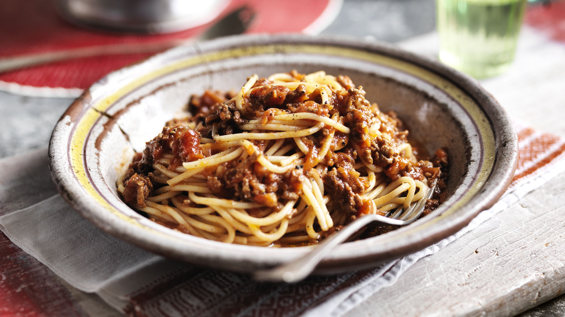 Easy Spaghetti Bolognese Recipe Bbc Food