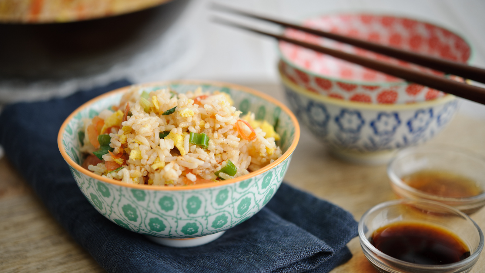 Egg fried rice with tomatoes recipe bbc food forumfinder Image collections
