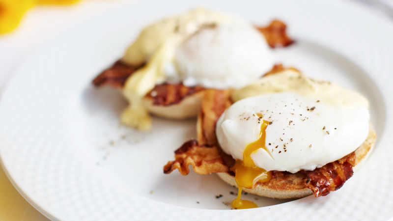 Eggs benedict recipe bbc food forumfinder Gallery
