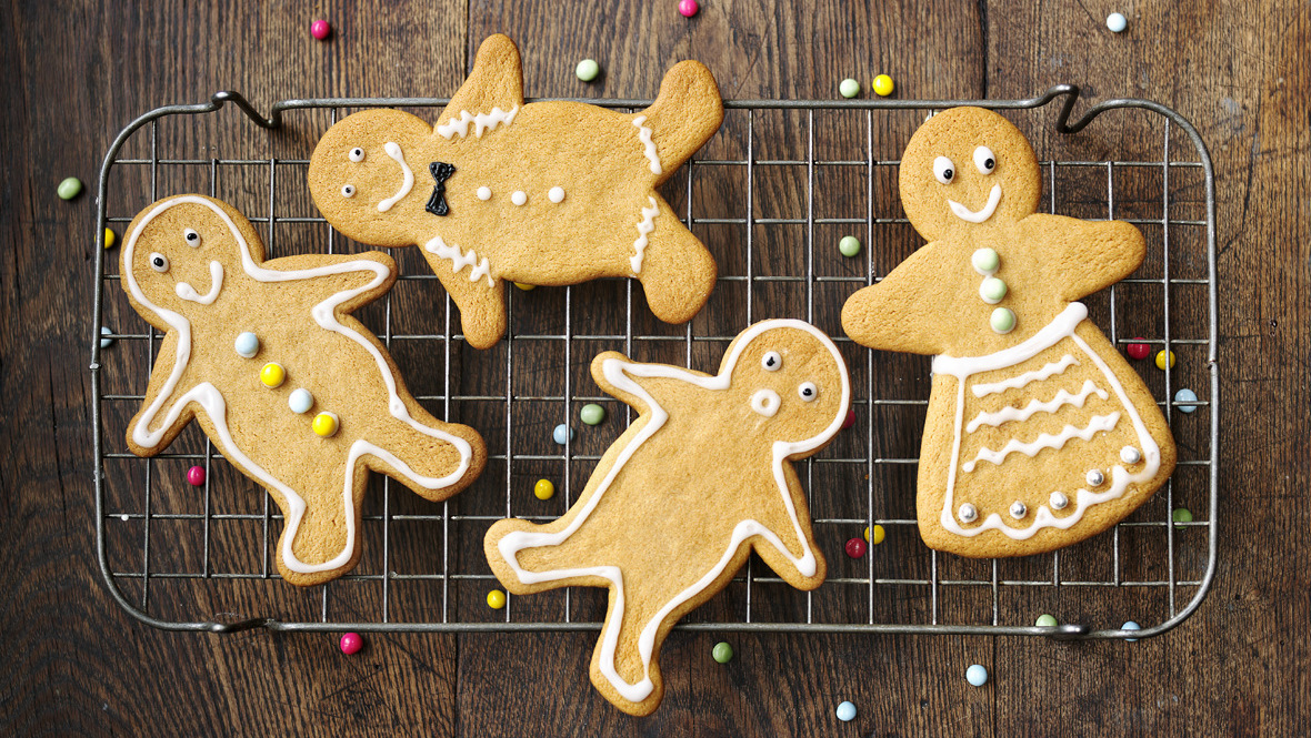 Gingerbread men recipe bbc food forumfinder Choice Image