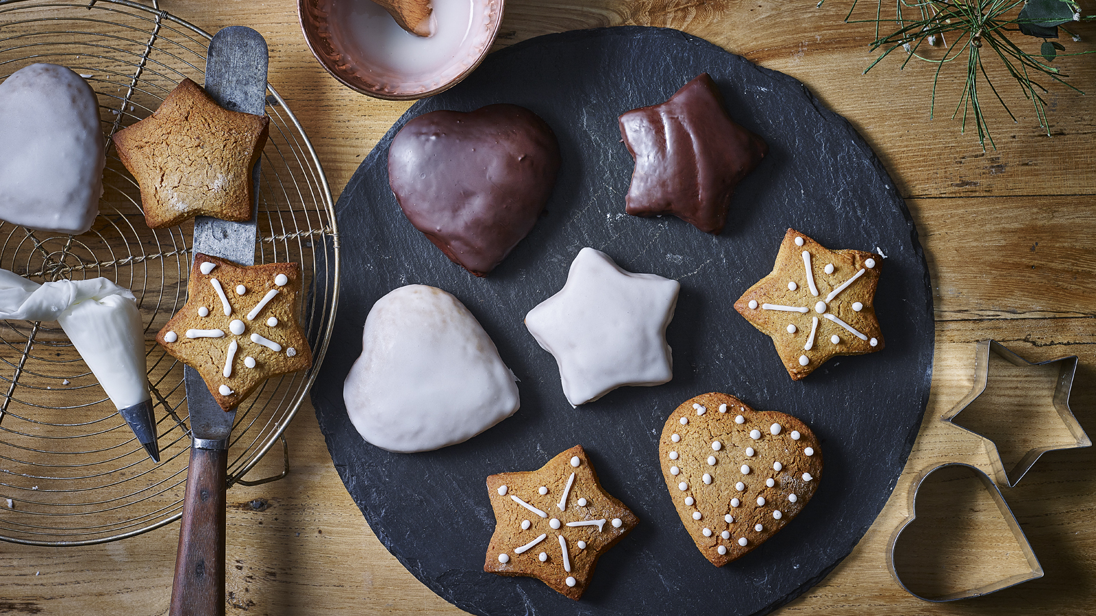 Lebkuchen recipe - BBC Food