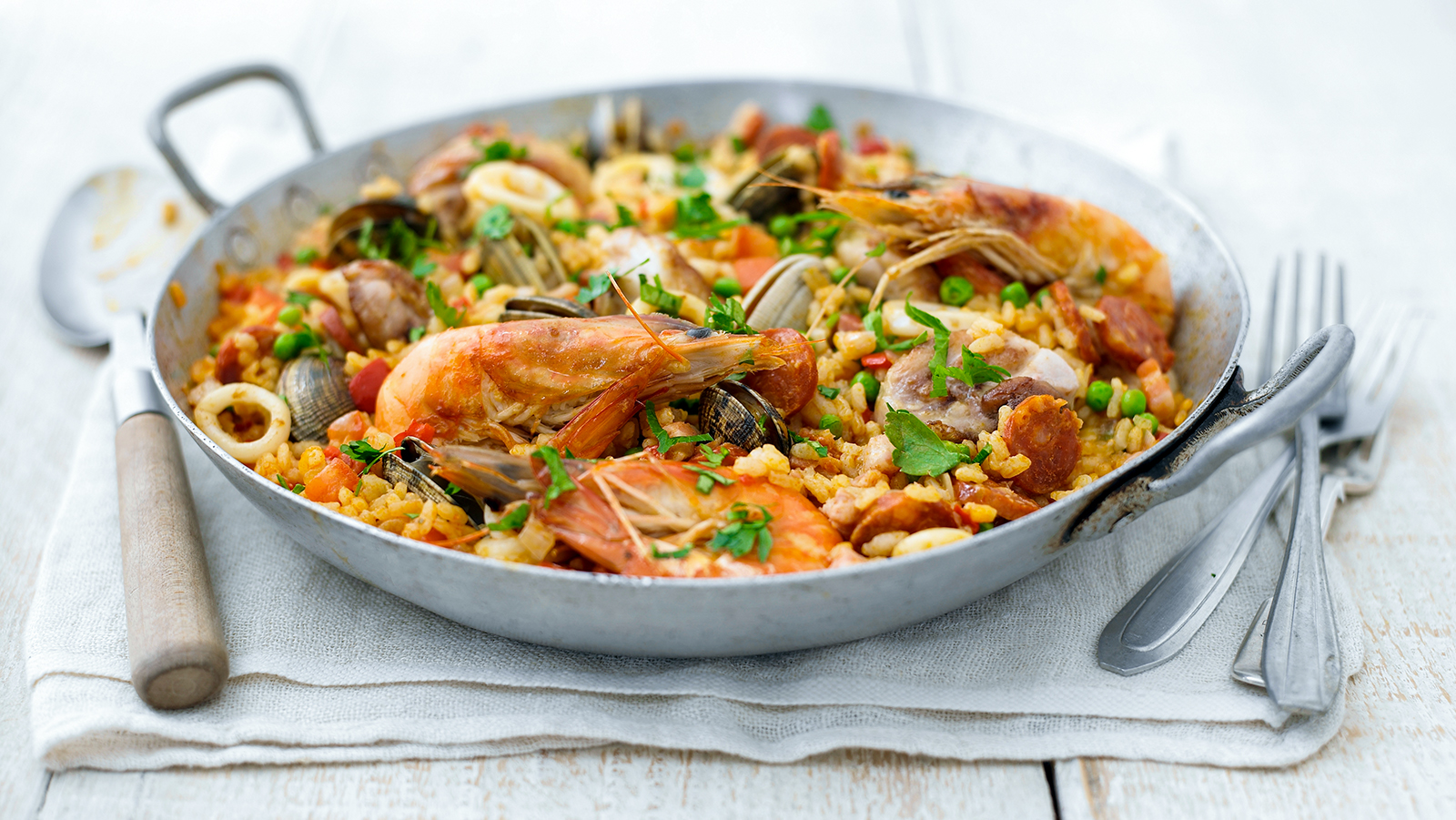 Paella recipe - BBC Food