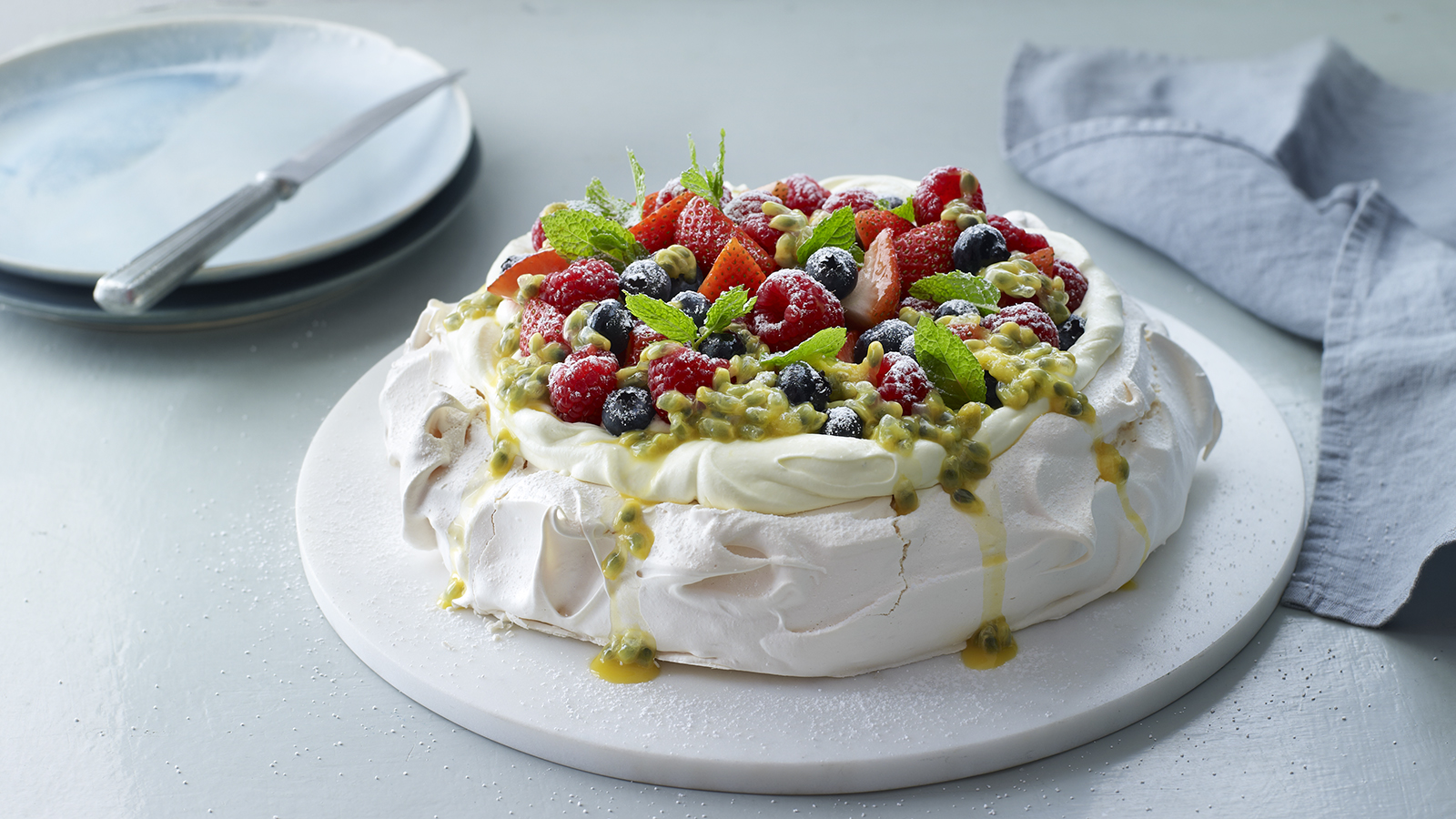 Pavlova recipe - BBC Food
