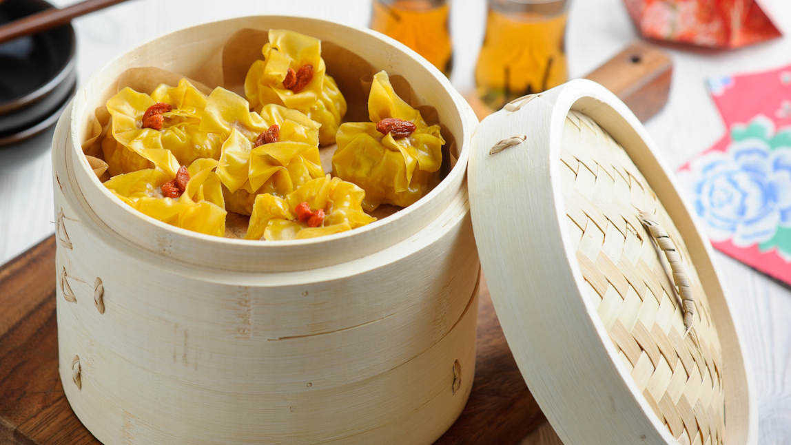 Pork and prawn dumplings recipe bbc food forumfinder Choice Image
