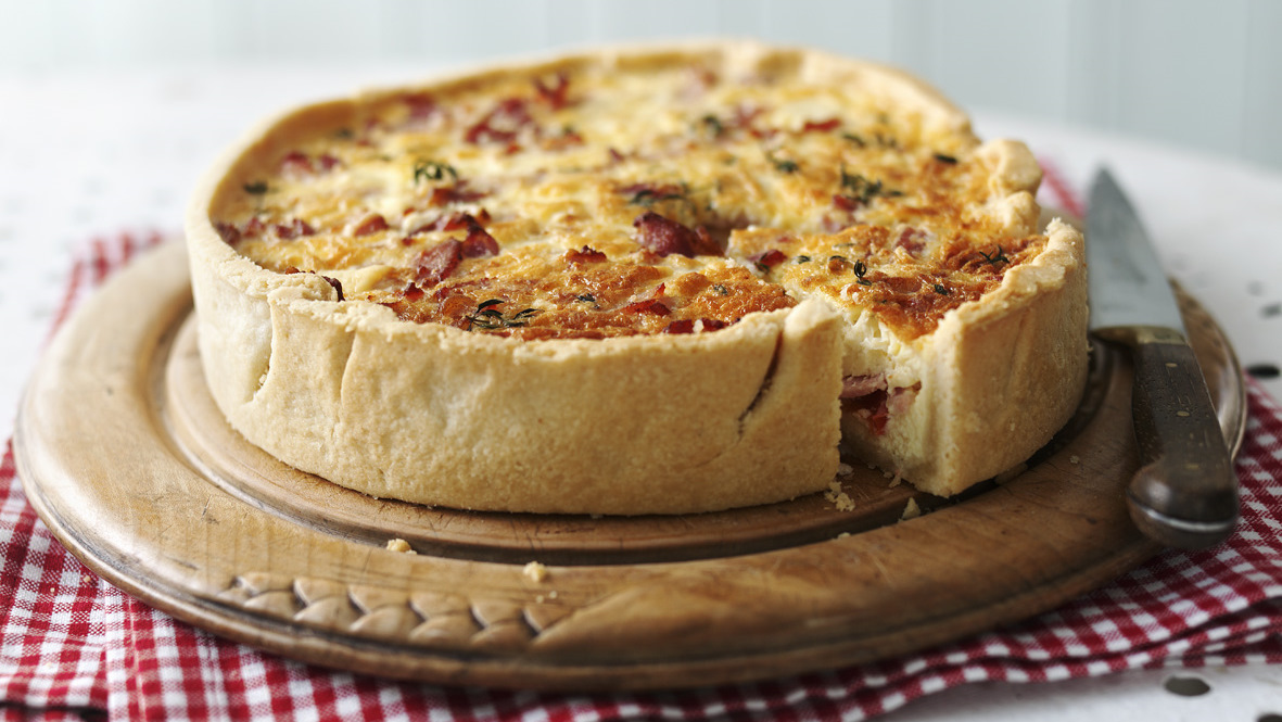 Quiche lorraine recipe bbc food forumfinder Image collections