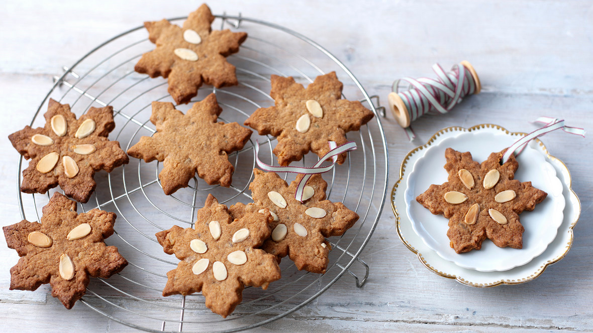Speculaas Biscuits Traditional Continental Christmas Biscuits