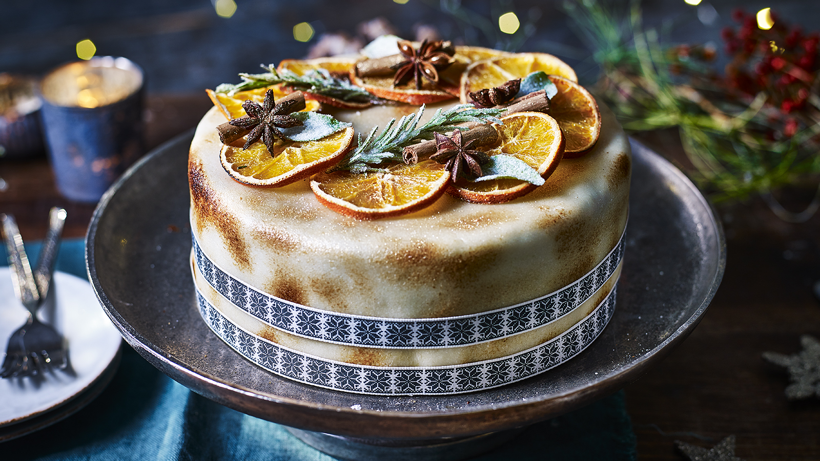 Spiced christmas cake recipe bbc food forumfinder Image collections