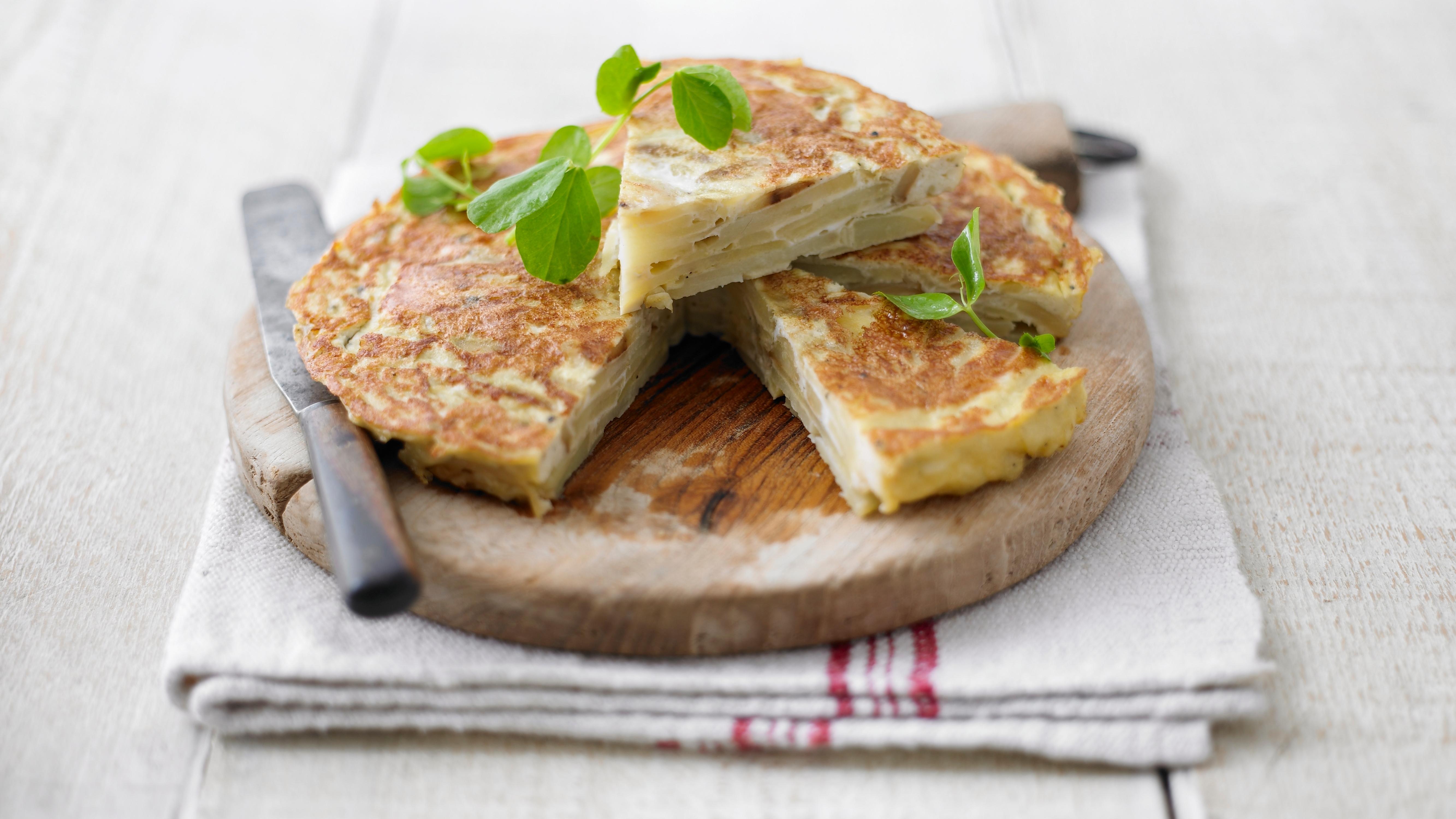 Spanish omelette recipe bbc food forumfinder Choice Image