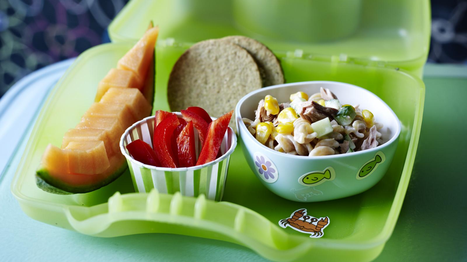 Tuna pasta salad recipe - BBC Food