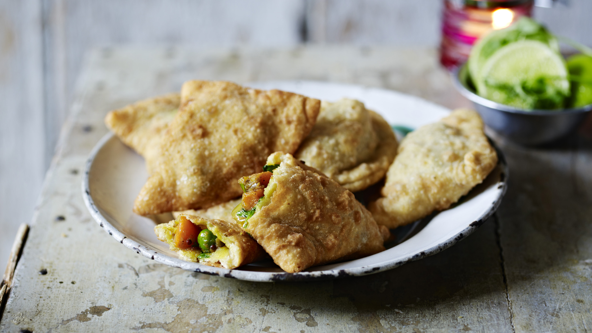 Vegetable samosas recipe bbc food forumfinder Images