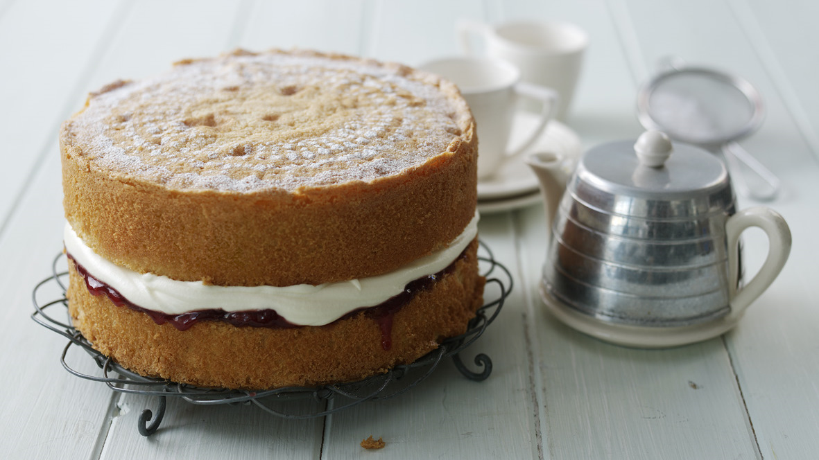 Victoria Sponge With Strawberry Jam Recipe Bbc Food